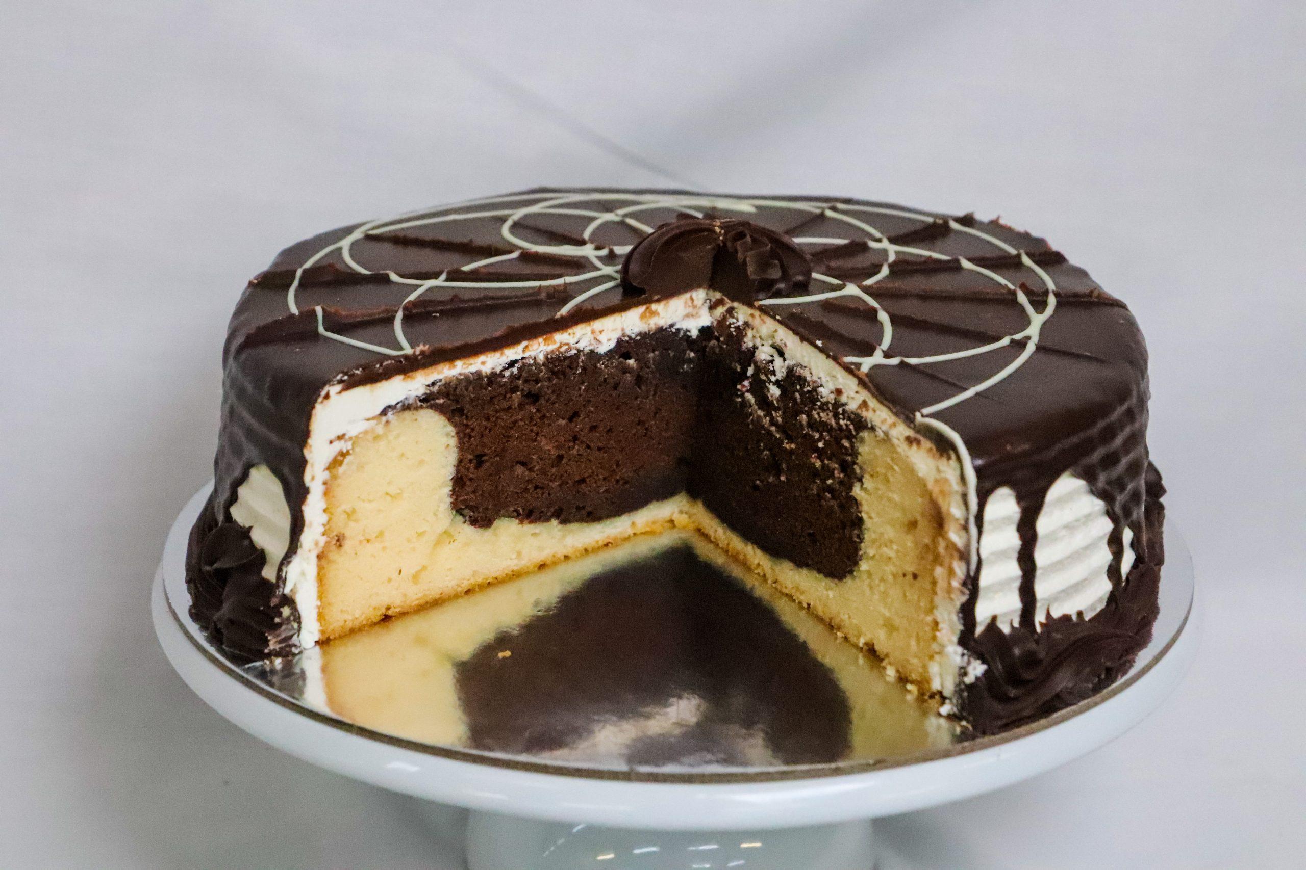 Custom Mud Cake