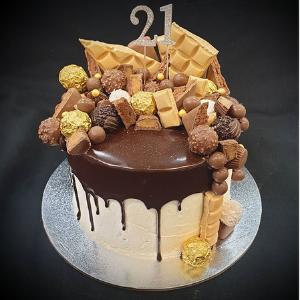 gold drip cake brisbane
