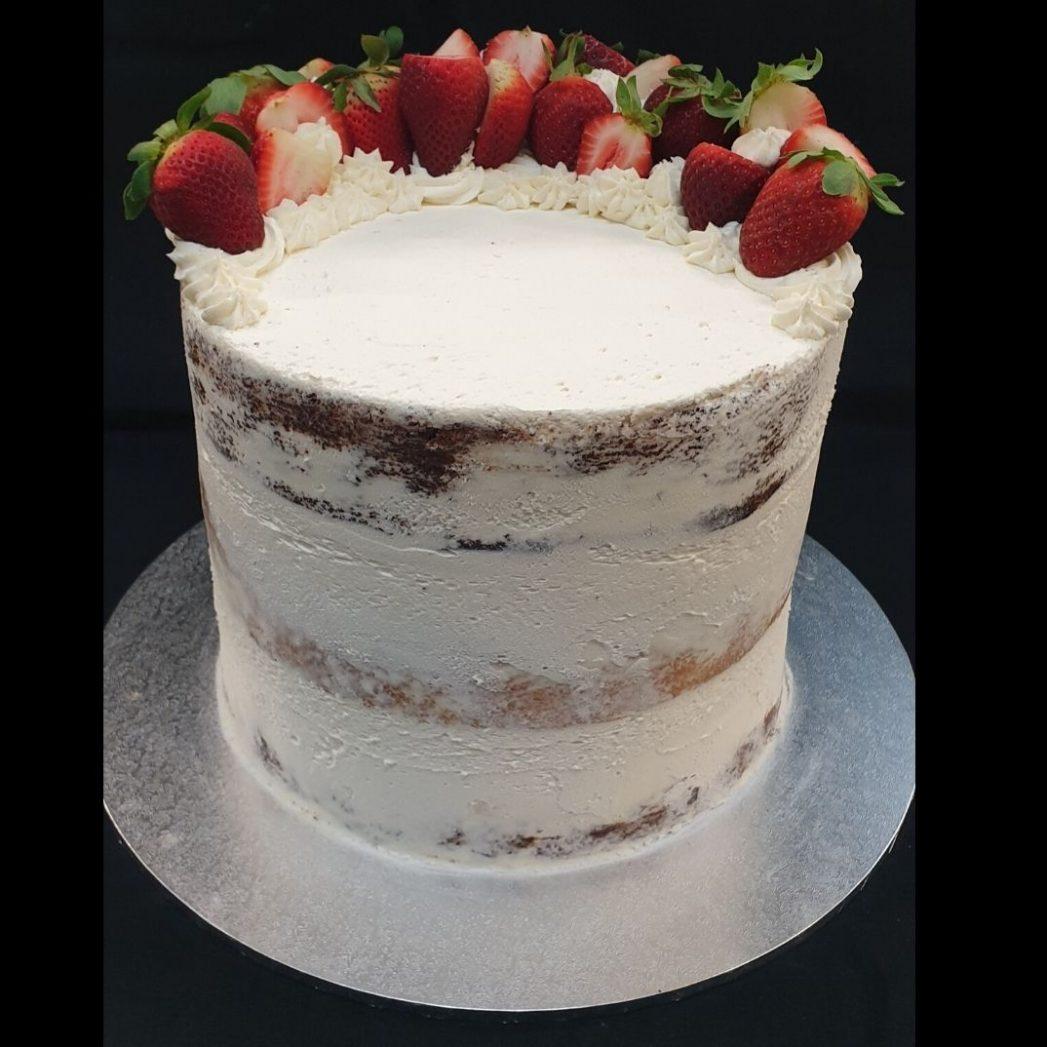 custom cakes brisbane